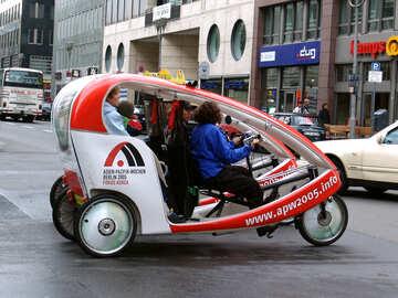 Tricicli Berlino №244