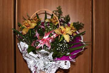 Mazzo di festa con le orchidee №884