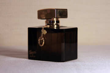Gucci perfume bottle №927