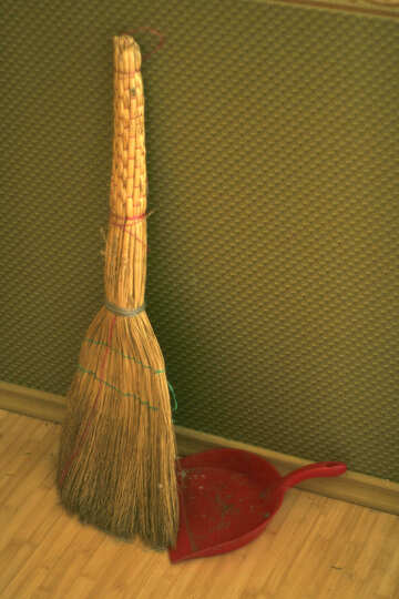 A broom and shovel №795