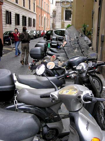 Di parcheggio per i motocicli ei ciclomotori Roma №323