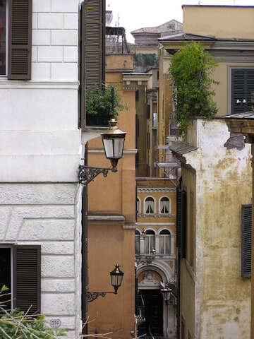 The Italian roofs, walls and lanterns №313