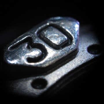 30. Macro. Metal №629