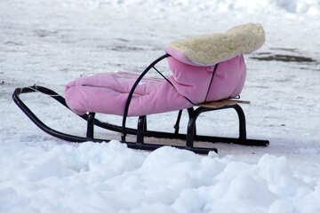 Schlittenfahrt im Schnee №821