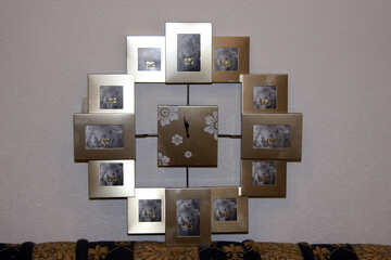 Wall clock with picture frame №982