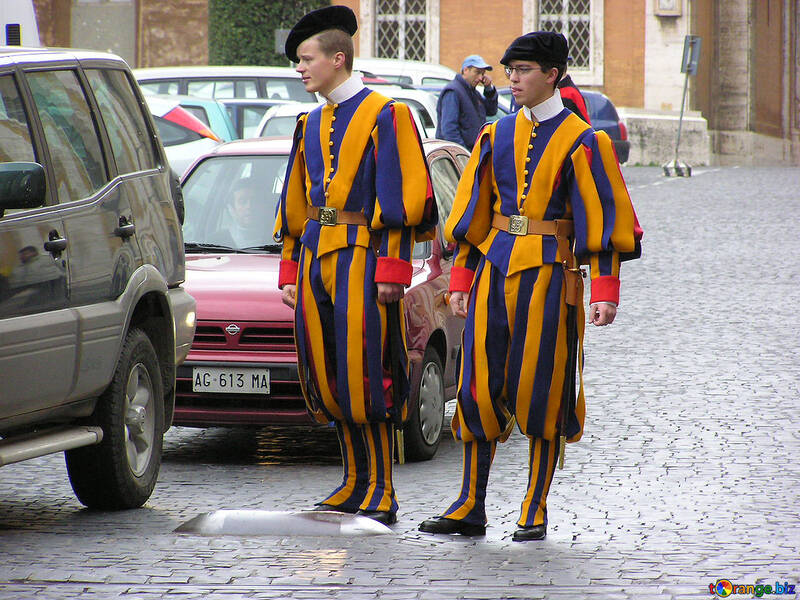 The Swiss Guards at the Vatican pavement №309