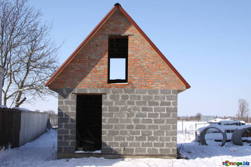Country unfinished house in winter №485