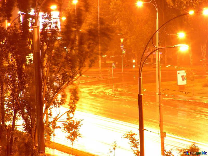 Notte sotto la pioggia №208