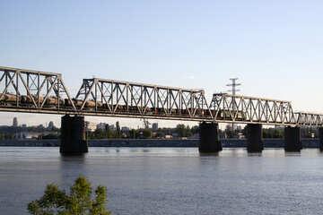 Freight train on the bridge №1885