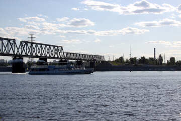 The bridge across the Dnieper №1902