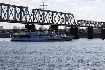 Ship under the railway bridge №1901