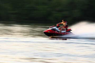 Personal watercraft on sunset №1870