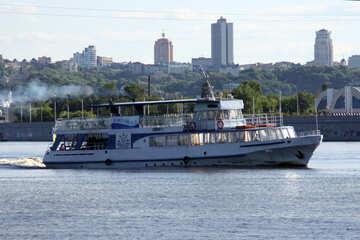 Barca №1899
