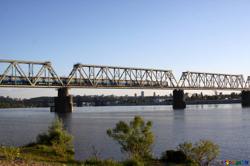 The Kiev railway bridge №1894