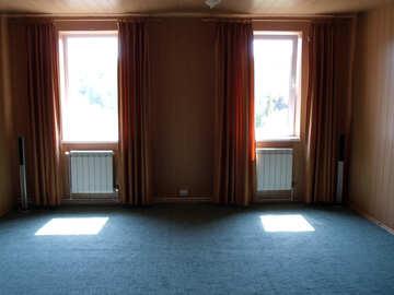 Empty  room №10057