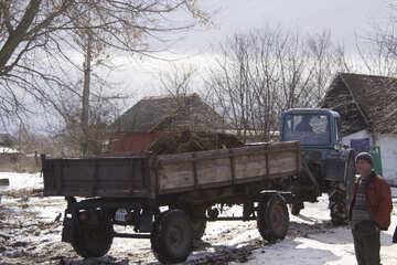 Traktor  Anhänger  Düngemittel №10453