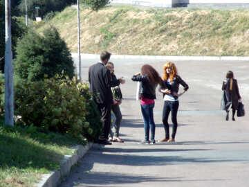 Three  Girls  and  guy №10003