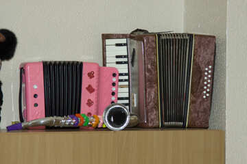 Accordion saxophone