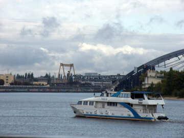 Piccolo  nave №10051