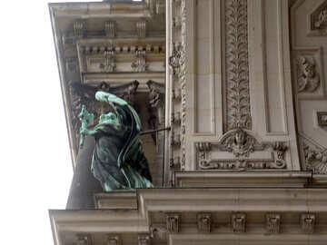 La scultura sul tetto №11619