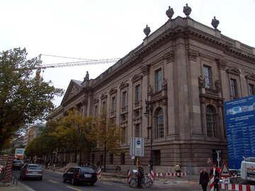 Riparazione delle strade in Europa №11616
