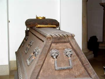 Königliche Grabstätte №11486