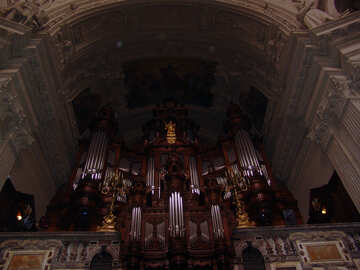 Organ in the cathedral №11608