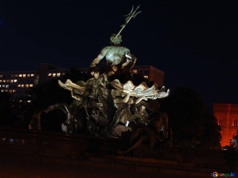 Fuente de la noche №11479
