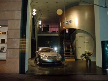 Bentley Salon №12124