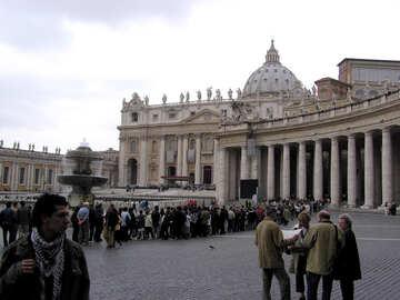 Turisti al Vaticano №12619