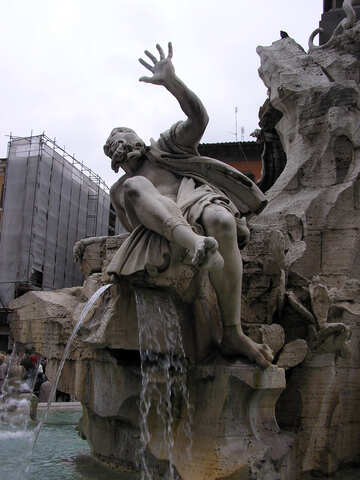 Sculpture in the fountain №12304