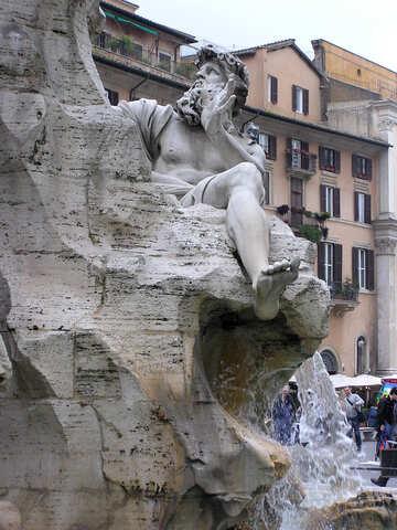 Escultura en la fuente de los cuatro ríos. №12513