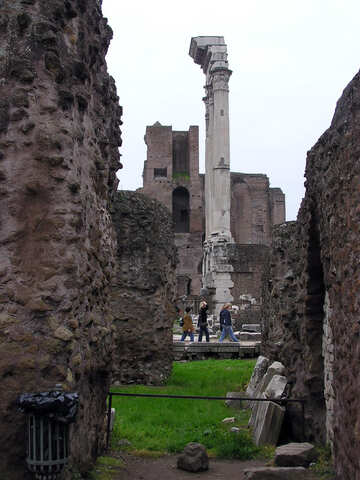 Las ruinas de la antigua Roma №12404