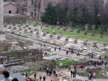 Los turistas de ruinas históricas №12539