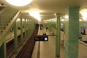 Trasporto urbano sotterraneo №12002