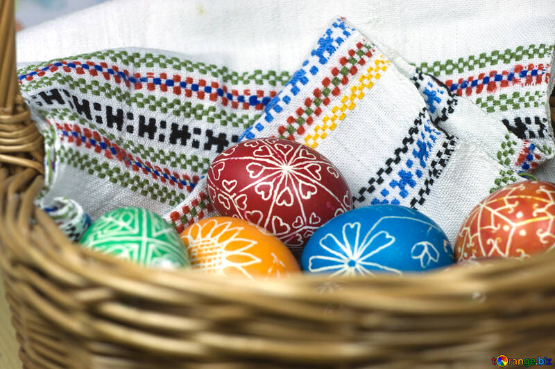 Eggs on the towel №12259