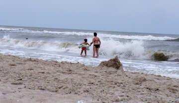 A child in dangerous sea №13480