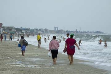 Menschen am Strand kalt №13437