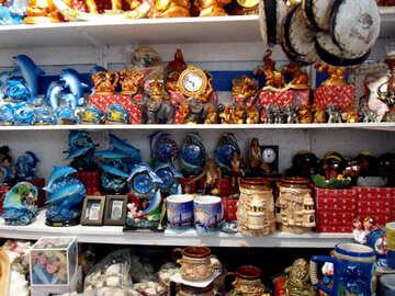 Торговля сувенирами с моря №13590
