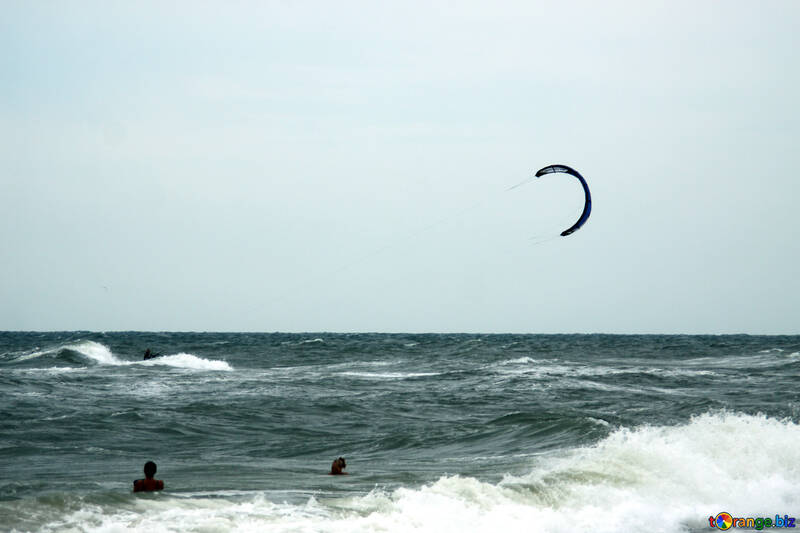 Runs on the board with parachute sea №13439