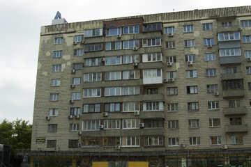 Crumbling facade №14709