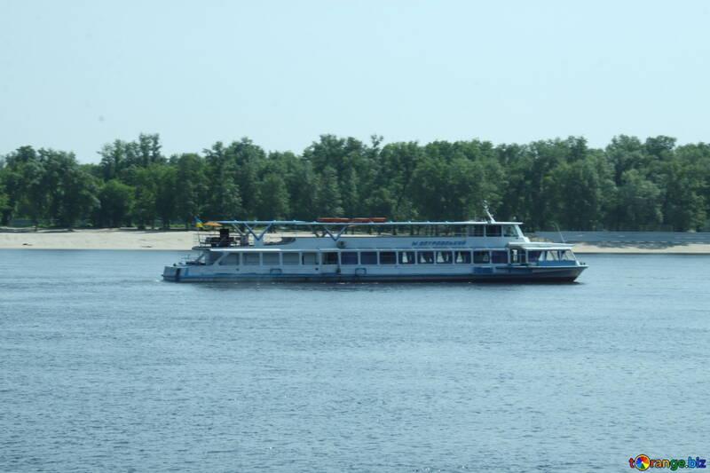 Fluss gulets №14495