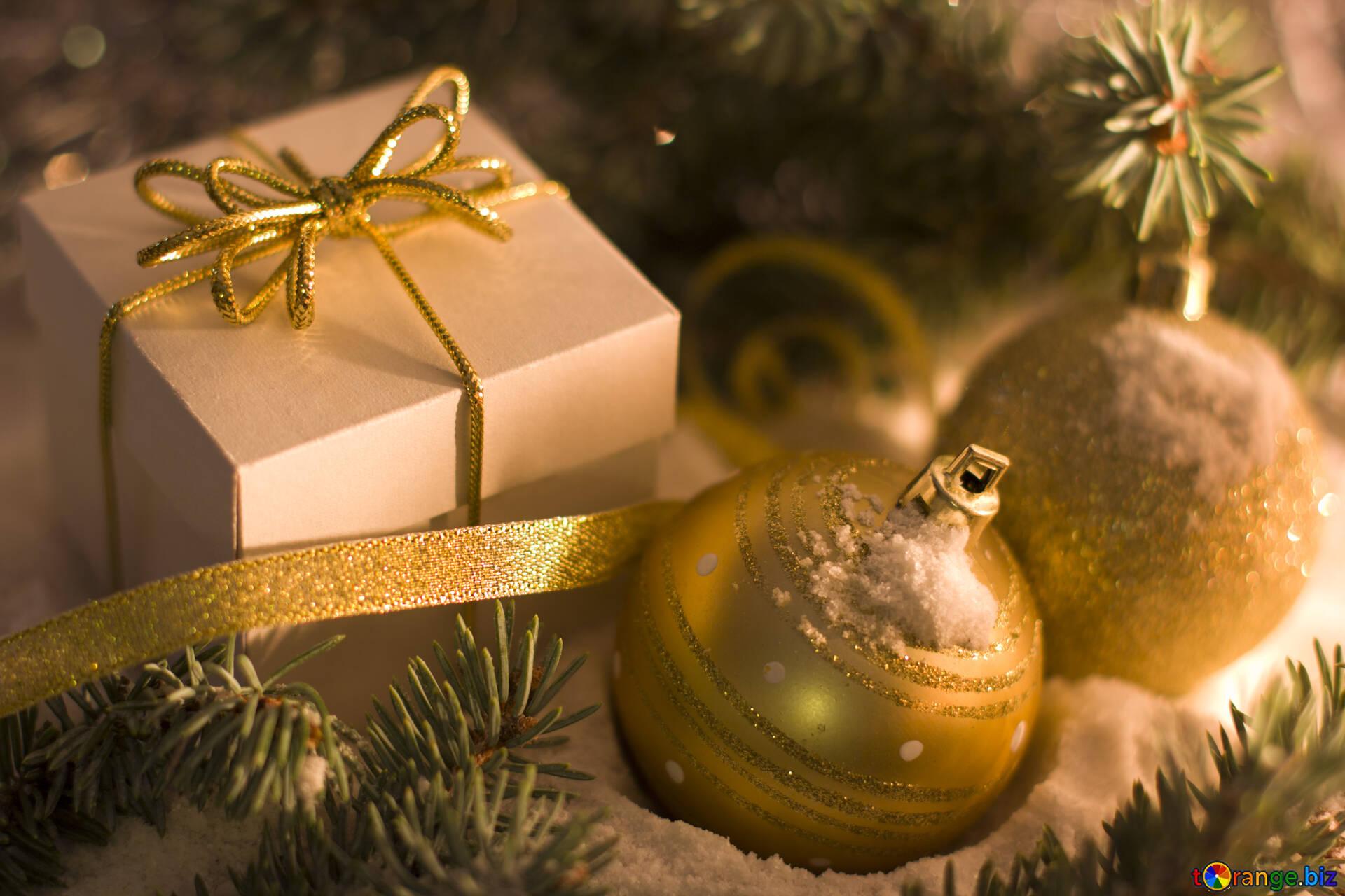 Weihnachtsgeschenke Bilder Kostenlos.Eine Box Mit Einem Bogen Weihnachtsgeschenke Weihnachten 15365