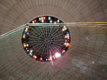 Lights under the big top №15873