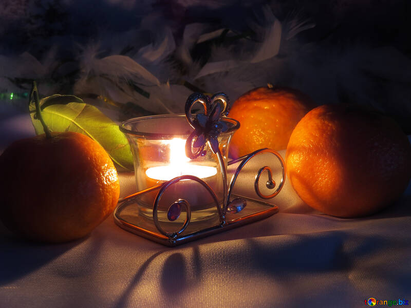 Candles and tangerines №15204