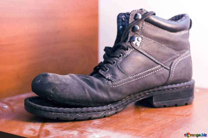 An old boot №15418