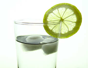Water with lemon №16131