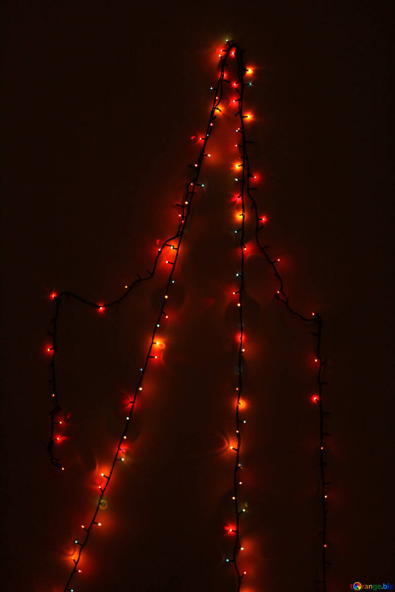 Pattern of Christmas tree garland on the wall №16517