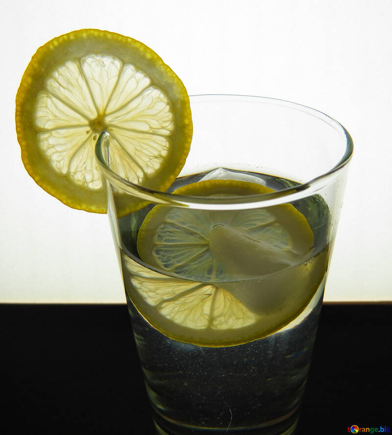 Water with lemon №16124
