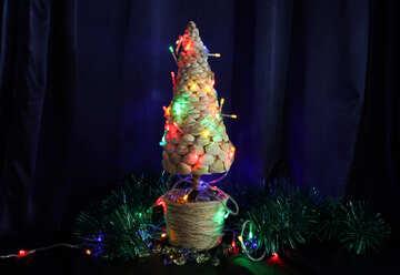 Christmas tree with seashells №17837